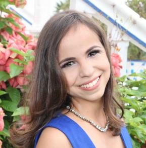Carolline Lopes