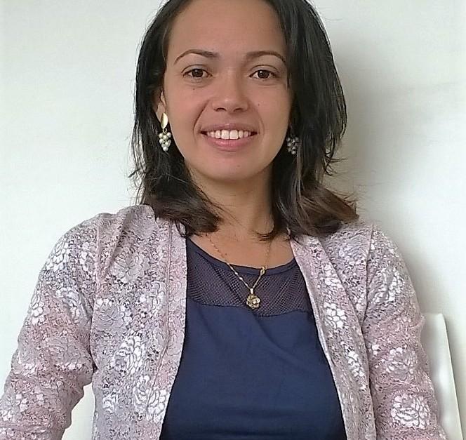 Mônica Reis de Oliveira